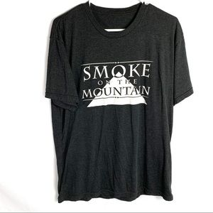 Smoke on the mountain grey graphic t-shirt